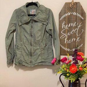 Decree size Large cargo style jacket